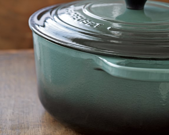le-creuset-signature-cast-iron-round-wide-dutch-oven-6-3-4-4-c